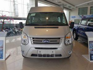 Giá xe Ford Transit 2020