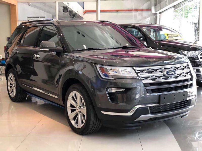 ngoait that Ford Explorer 4 - Ford Explorer