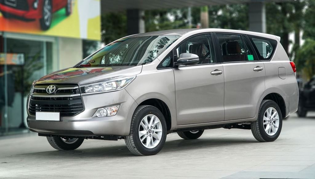 toyota innova 2019 - So sánh xe Ford Tourneo và Toyota Innova