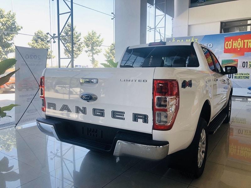 Cản sau Ford Ranger Limited - Ford Ranger Limited 2020 | Hai cầu số tự động có gì mới?