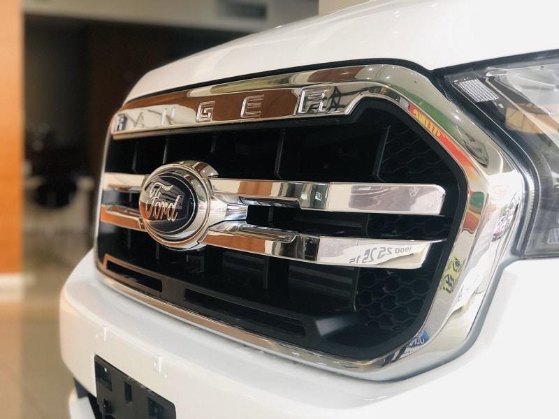 Mặt Ga lang Ford Ranger Limited - Ford Ranger Limited 2020 | Hai cầu số tự động có gì mới?
