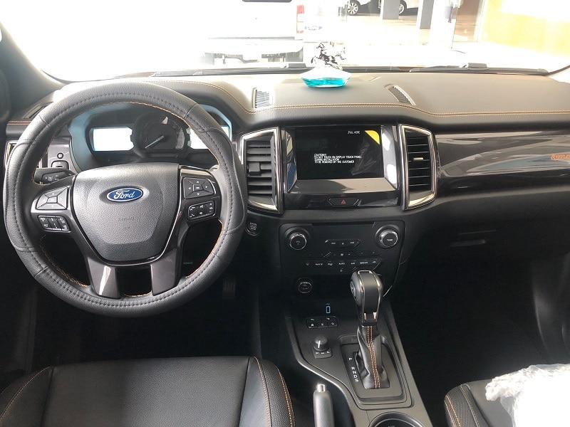 Nội thất Ford Ranger 2020 - Ford Ranger 2020 | Thêm trang bị tiện nghi giá không đổi