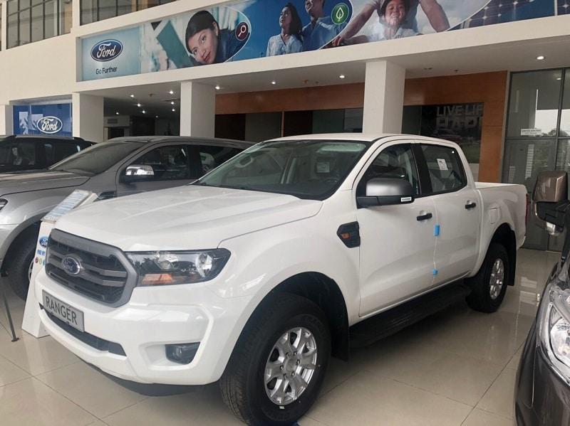 Ford Ranger XLS 2020 màu trắng - Ford Ranger XLS 2020 | Nâng cấp MH cảm ứng 8 inch